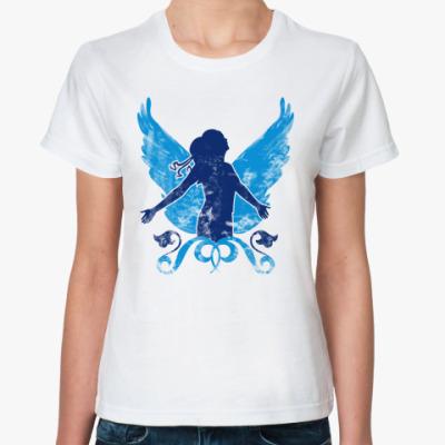 Классическая футболка Девушка и крылья