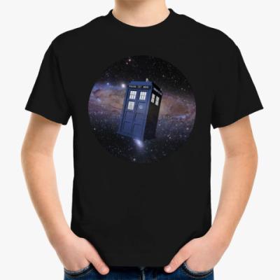 Детская футболка Тардис в космосе